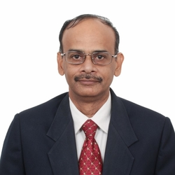 Portrait of Intersolar India Webinar Moderator Ravikumar Gurumurti